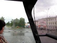 памятник Ленину. снимался во время дождя