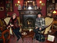 В кабинете Холмса - много интересных вещичек
