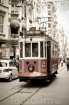 Трамвай на улице Истикляль