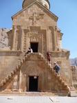 Здание церкви Св. Аствацацин Буртелашен считается шедевром армянской архитектуры церквей-усыпальниц. Оно явилось одной из последних работ мастера Момика ...