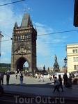башня перед Карловым мостом