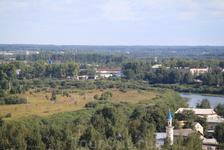 Другой вид на Вологду. На квартал с явно более дорогим жильем. ) Вдали уже лес. Вот она, 300-тысячная Вологда с узумительным центром, которая, по волею ...