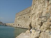 Стена Форта со стороны моря.