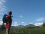 Бребене́скул — одна из высочайших вершин хребта Черногора. Вот куда указывает инструктор - туда нам предстоит дойти и взобраться...задача не из легких ...