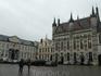 Площадь Бург с ратушей.