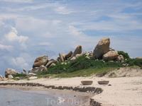 очень красивый залив КеГа в 10 км от Фантьета