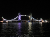 Ну и вот наша цель - красавец Tower Bridge.