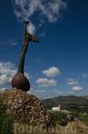 монумент Симаррон в местечке Эль-Кобре