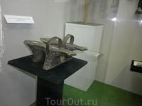 Адыгские девушки оказывается в начале 20 века носили такую праздничную обувь