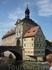 Старая ратуша. Ратуша уникальна в своём роде. Она была построена на искусственном острове на реке Регниц. В Средневековье река делила территорию на городские ...