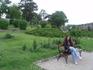 парк возле церкви в Тихани