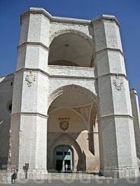 Церковь Сан-Бенито-эль-Реал