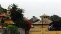 Портофино. Слева - собор Св.Мартина (Divo Martino), на заднем плане - Замок Брауна