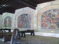 Старинные пушки и сюжеты из истории Женевы в мозаиках