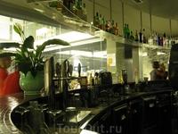 Bacaro Lounge Bar - очень-очень рекомендую.