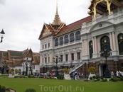 Бангкок, храмы нефритового, золотого будды, и королевский дворец