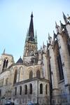 Историки предполагают, что Руан основан римлянами. В античные времена он носил название Rotomagus. Первый епископ города — Меллон Руанский. В 876 году ...