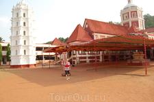 храм Лакшми