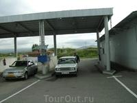 11 августа 2009. г.Севан. газозапрвка!))