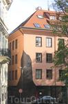Прага. Интересное решение в вопросе дизайна зданий