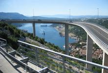 Горная магистраль в районе элитного курорта Опатия