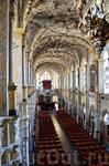 Неожиданный интерьер часовни церкви для протестанской Дании