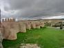 Вот такая она во всей красе, знаменитая стена Авилы.