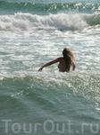 Еле бредущая по волнам... :-)
