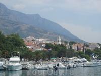 Башка Вода - вид на город со стороны набережной