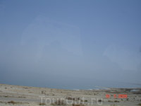 Мёртвое море из окна туристического автобуса.