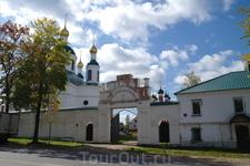 Монастырь в г. Угличе.