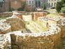 Руины резиденции императора Константина І Великого у ротонды Святого Георгия внутри двора президентского дворца. Очень удивило то, что туда можно свободно ...