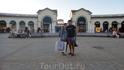 Serravalle Designer Outlet ( McArthur Glen ) ( Милан )  Самый большой Outlet в Италии , находящийся вдали от суматохи городского цикла , построенной в ...