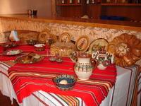 Национальный стол на завтраке