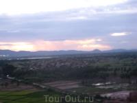 закат в Хампи на горе