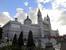 Рядом с Королевским Дворцом находится Кафедральный Собор. Название Собора Санта-Мария-ла-Реаль-де-ла-Альмудена имеет восточные корни, что в переводе с арабского означает &quotкрепость&quot. Созданный