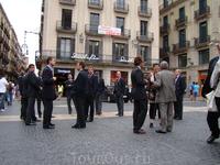 Барселона. Депутаты