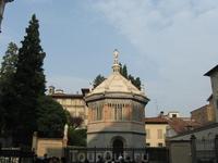 Крестильня в Бергамо