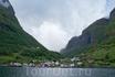 В Ундредале – самая маленькая действующая деревянная церковь в Скандинавии: в ней всего 40 мест.