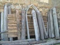 Генуэзская крепость. Идёт реставрация.