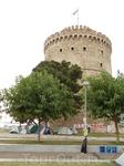 Белая башня и протестующие