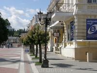 Улочка Кисловодска вдоль Нарзанной галлереи
