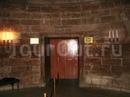 Двери лифта в Орлиное гнездо