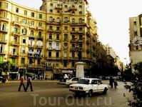 Площадь Талаат Харб в Каире.
