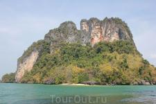 Вид с Острова Пак Биа, архипелага Хонг