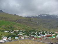Уже на палубе парома снимаю в последний раз исландскую землю...