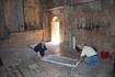 Монастырский комплекс Нораванк Ученые делают слепок с надписей