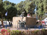 памятник, посвященный истории освободительной войны (Эйлат)