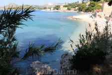 Млини, пляж возле отеля Astarea