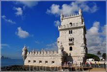 на берегу Теху расположена сторожевая башня Торре де Белен - Вифлеемская башня, возможно самое фотографируемое место в Португалии. Парадными воротами Лиссабона ...